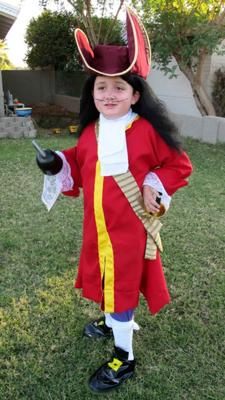 Coolest Captain Hook Costume - 1