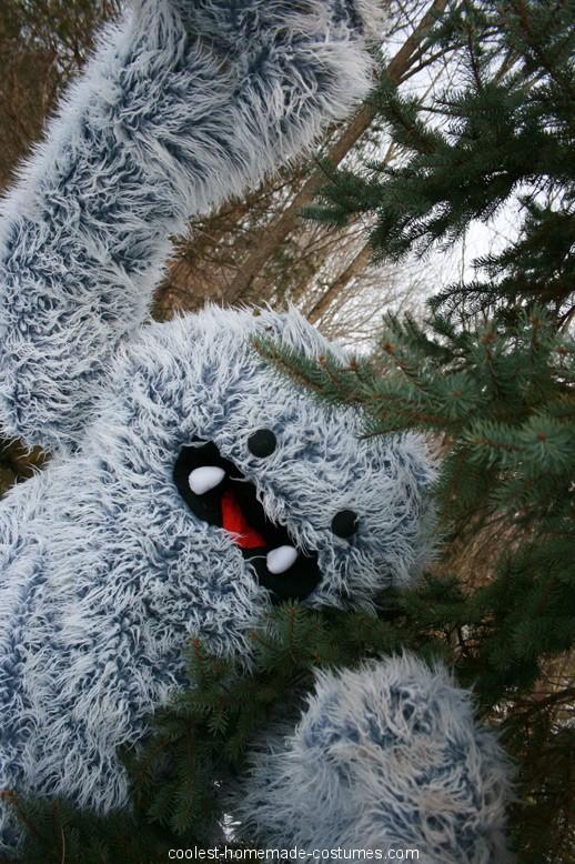 Catskill Mountain Yeti Costum