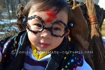 My son is 9 months old and each piece of his costume had to be made by hand. I started with the glasses - because of his size, I wire wrapped them b