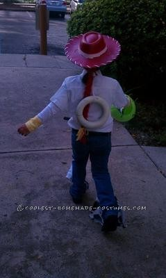 This was Halloween 2011, my daughter was 5 and a half and has been a huge fan of all the Toy Story's but that year in particular: Jesse!!<br /> Materia