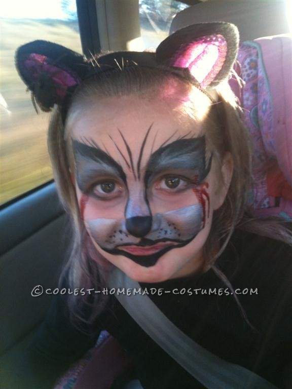 When I asked my 5 year old daughter what she wanted to be for Halloween, she responded: a cat. I thought, simple enough. But then she continued, &ldq