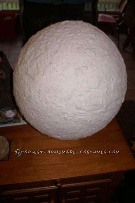 Papier Mache pulp head on punch balloon