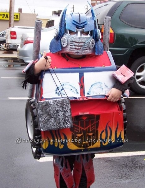 Cool Transforming Optimus Prime Costume