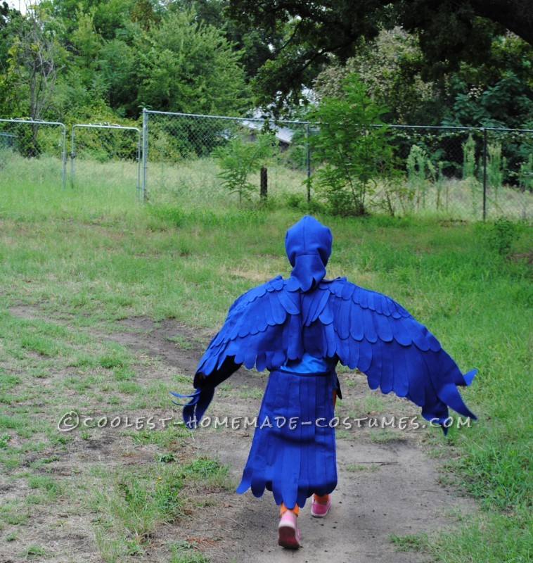 Coolest Blue Macaw Parrot Costume - 2