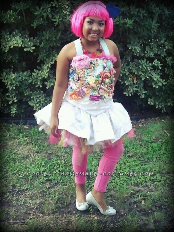 """More details about this dress is under """"coolest homemade candy princess Halloween costume idea 5"""