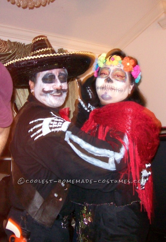 Coolest Day of the Dead Couples Halloween Costume - 1