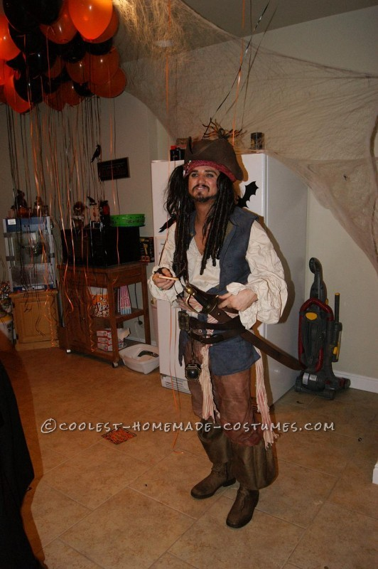 Detailed Jack Sparrow and Elizabeth Swann Costumes - 1