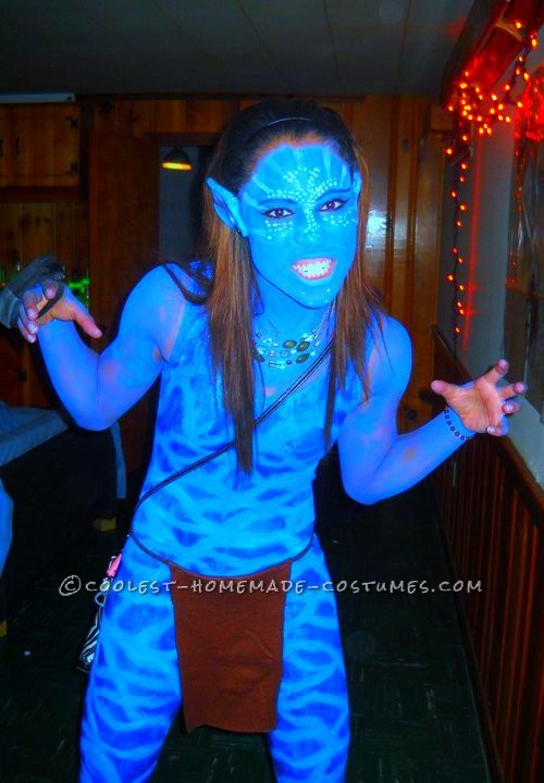 Hey Guys! I love the movie Avatar and decided to do a homemade version of the female Avatar costume, since the store brand doesn\'t have sizes tha