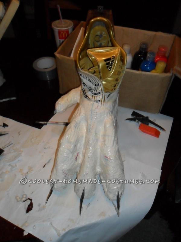 Making the feet / stilts