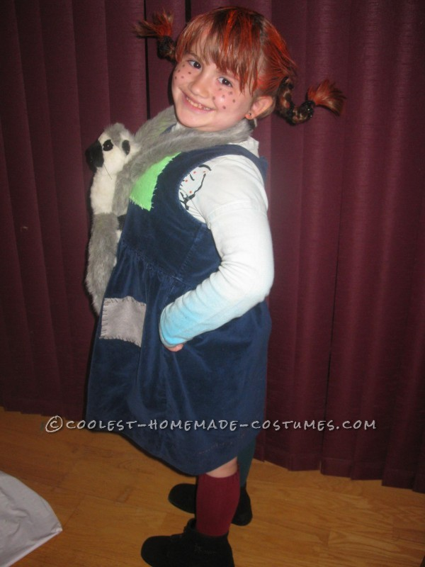 So, last Halloween my daughter wanted to be Pippy Longstockings.  Yay! I loved the show when I was a kid so I was quite thrilled to get s