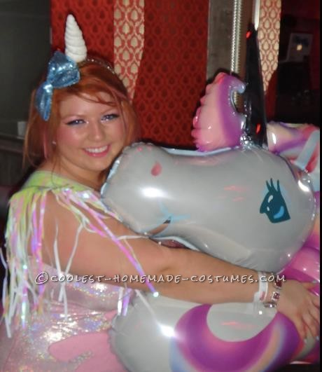 Hi everyone =) As a child I wanted to be a unicorn and always dreamt of having a unicorn costume. Then I thought to myself, why do I have to b