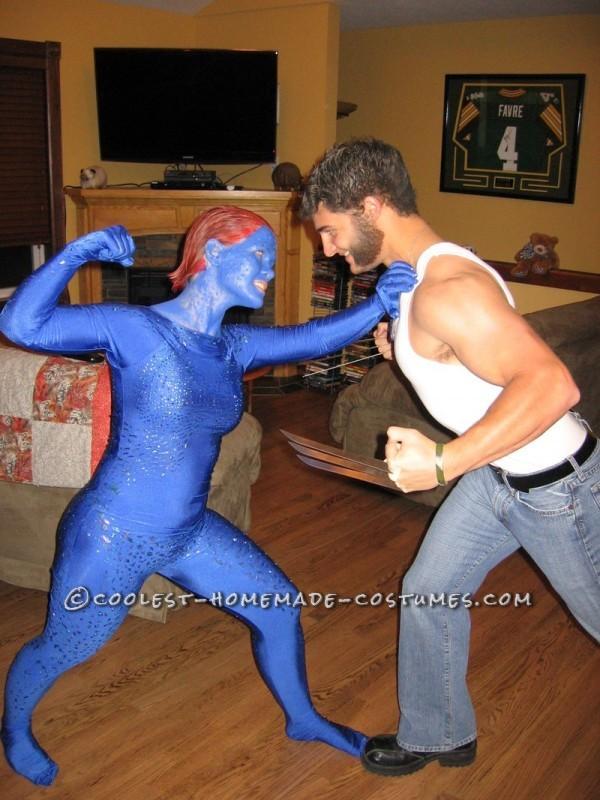 X- Men Costumes: Wolverine and Mystique - 1