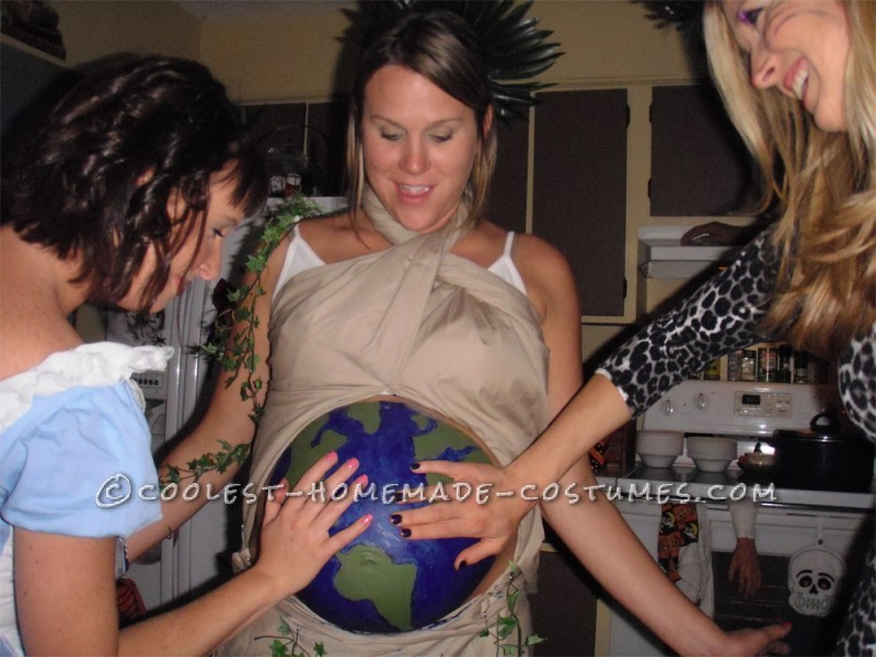 Original Costume Idea For A Pregnant Couple Mother Earth And Father Time