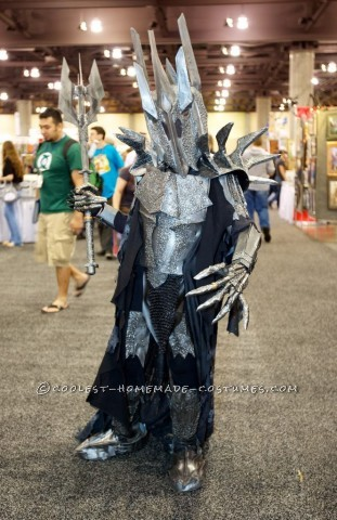 This is a Lord of the Rings Sauron costume I made for my son. When he told me he wanted to be Sauron for Halloween, Iwasn't really