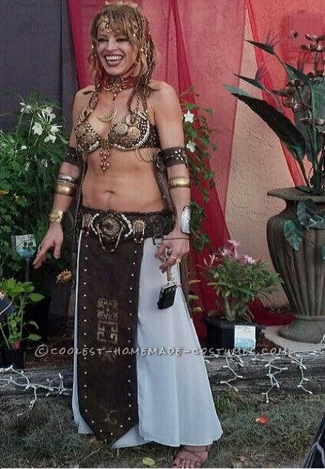 This costume wasn\'t for Halloween, but for a show. Last month I was asked to be in an event called Garden of the Goddesses. The event