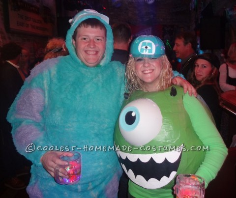 Mike Wazowski Costume<br /> Step 1</p><p>I purchased an exercise ball from Walmart (75 cm wide) for $7 and then used newspaper and a Elmer's Glue base