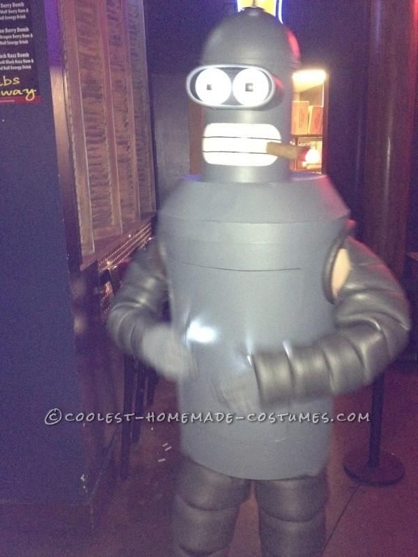 Cool Homemade Halloween Costume: Bender from Futurama