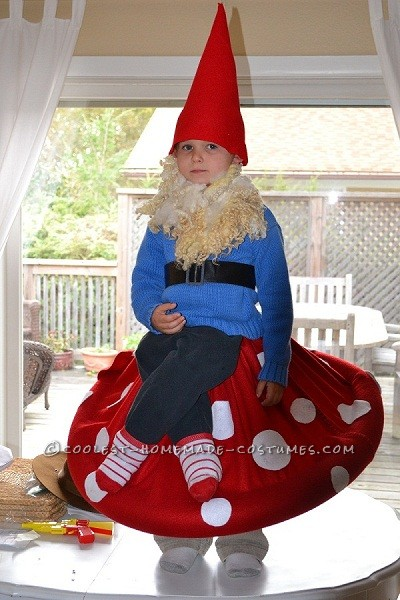 Best Homemade Halloween Costume in Town: Gnome on a Toadstool!