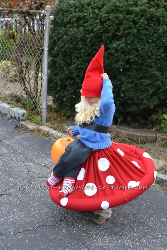 Best Homemade Halloween Costume in Town: Gnome on a Toadstool! - 1