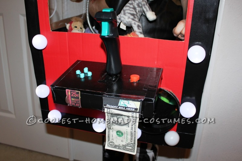 Coolest Homemade Captain Claw Pirate Crane Machine Costume - 2