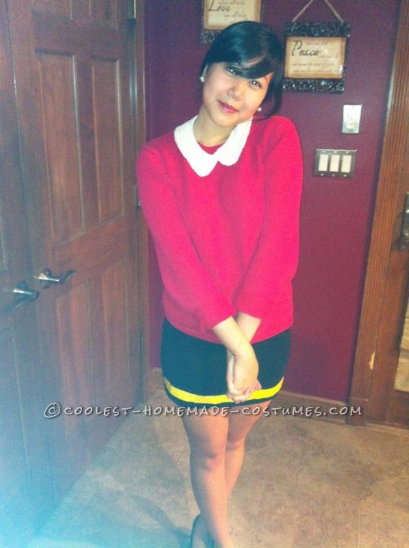 Cheap and Easy Popeye and Olive Oyl Couple Halloween Costume - 1
