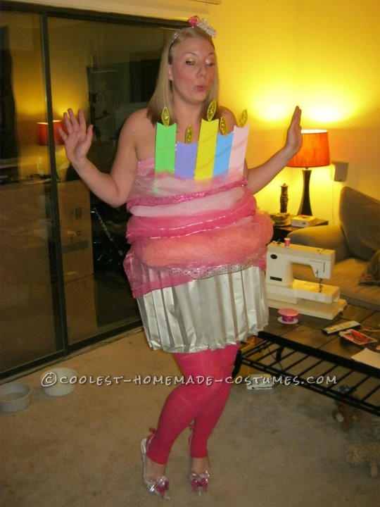 Coolest Homemade Cupcake Costume