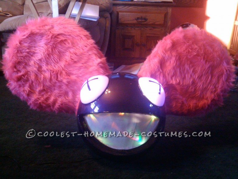 Heres My awesome Deadmau5 head!! I actually made the entire head in only 3 day!! and it turned out phenominally well!! was a great hit at all the cos