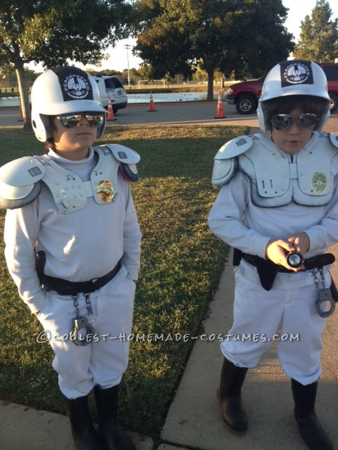 Another year, another cool Home made costume.....Hunger games peacekeepers costumes this time around! In my opinion, this is a cool costume for pre-