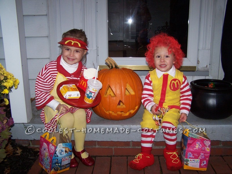 Fun Kids Couple Costume: Ronald McDonald and His Little Server Girl - 1