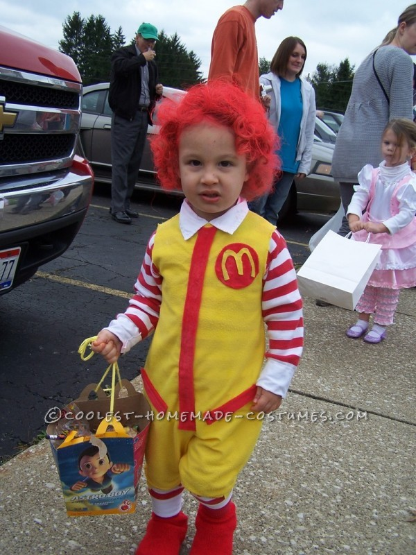 Fun Kids Couple Costume: Ronald McDonald and His Little Server Girl - 2