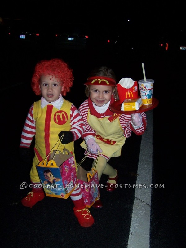 Fun Kids Couple Costume: Ronald McDonald and His Little Server Girl - 4