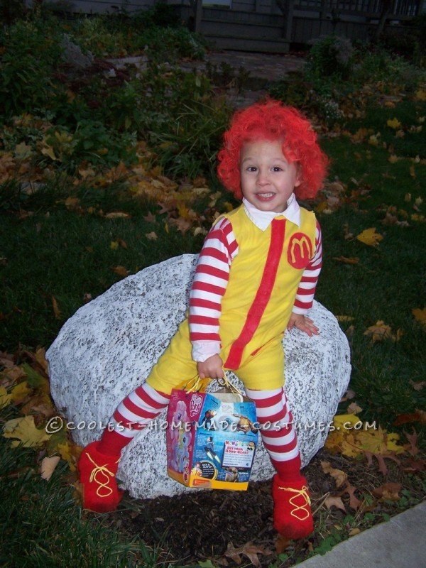 Fun Kids Couple Costume: Ronald McDonald and His Little Server Girl - 3