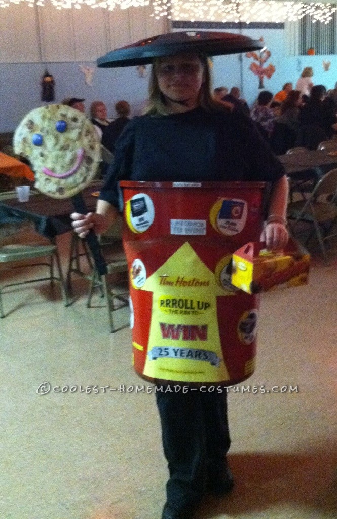 I wanted to be something that everyone would just love and what better than Tim Horton's roll up the rim cup. I purchased a garbage can for $20 spra
