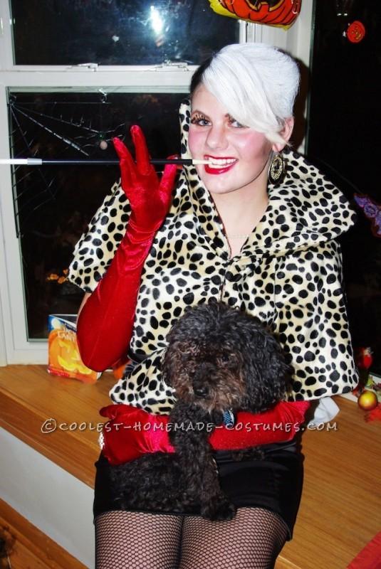 Easy Homemade Cruella de Vil Halloween Costume - 1