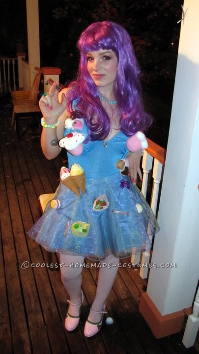 I decided I was going to go all-out on my 2010 Halloween costume, and Katy Perry\'s outfit from her California Gurls video seemed like the most fun