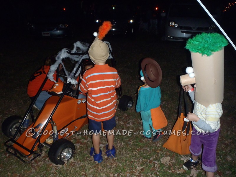 Awesome Family Costume: Phineas, Ferb, Agent P. and Dr. Doofenshmirtz - 2