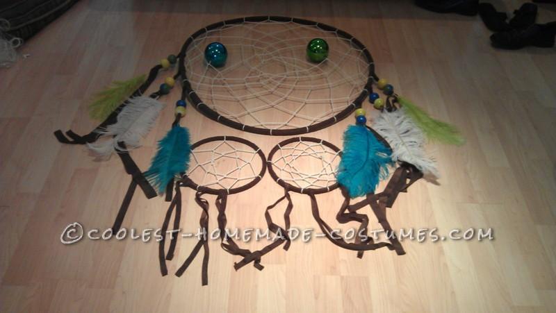 Original and Creative Homemade Halloween Costume: Dreamcatcher - 4