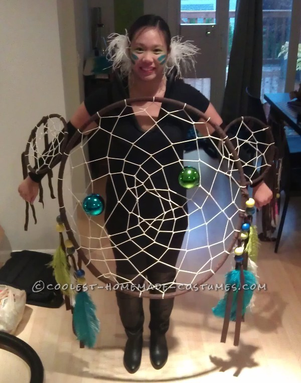 Original and Creative Homemade Halloween Costume: Dreamcatcher