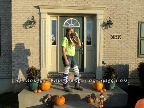 The sun drop girl costume DIY!Neon Tshirtjean shortsleggingshigh socks (I used my volleyball socks)boots/sneakersred pre wrappa