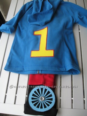 Intro:I didn't know what I was going to do for my son Sam's Halloween costume this year. Then I saw this Thomas costume (http://www.ama