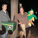 I love Halloween and was thrilled to celebrate my daughter's first Halloween in grand fashion, and celebrate our first Halloween as a family of