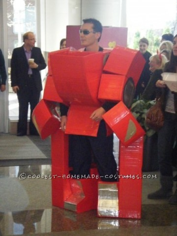 The engineer in me decided to make a transforming costume for my office costume contest a few years ago. I got the idea from the series of Transforme