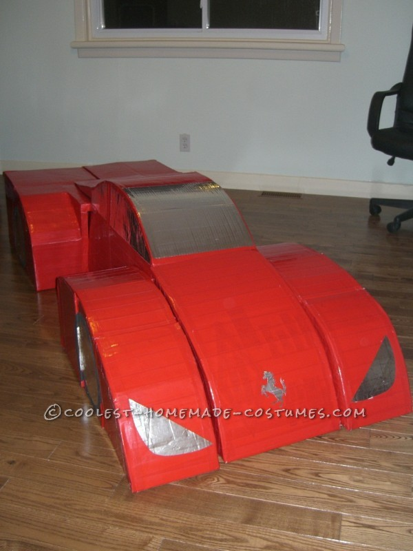 Awesome Transforming Ferrari Costume that Really Transforms - 3