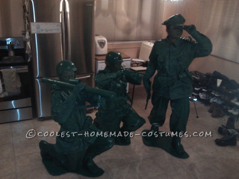 Great Group Halloween Costume: Green Toy Soldiers