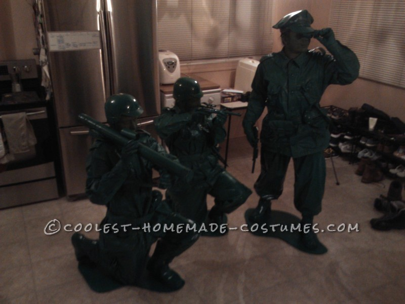 Great Group Halloween Costume: Green Toy Soldiers - 1