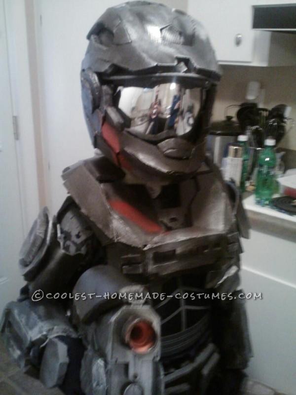 Epic Homemade Halo Reach Spartan Costume - 1