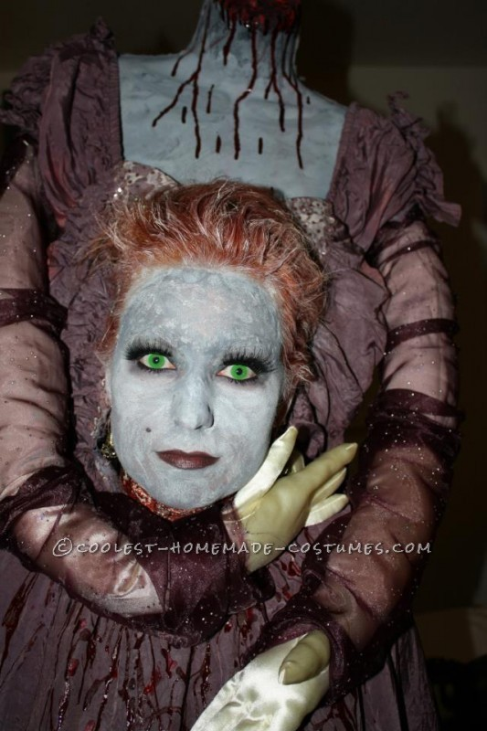 Spooky Headless Marie Antoinette Halloween Costume - 1