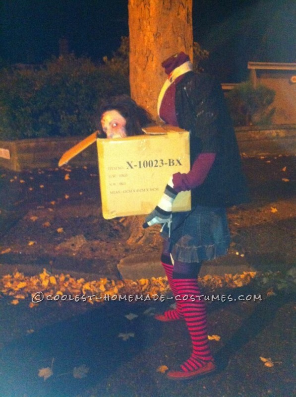 Awesome DIY Costume: Headless Woman Carrying Her Head in a Box - 2