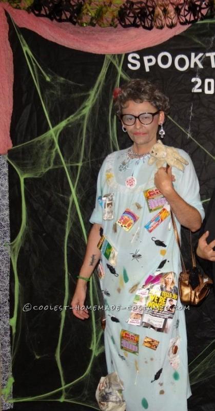 Easy Homemade Halloween Costume: Helda the Hoarder