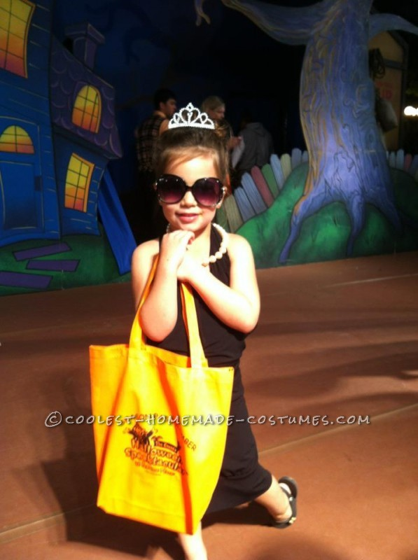 Breakfast at Tiffany's Holly Golightly (Audrey Hepburn) Costume for a 5 Year Old - 2